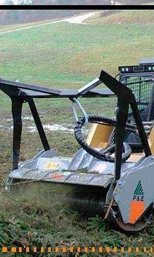 Triturador para mini carregadeira